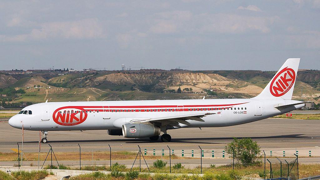 Niki Lauda odkupi swoje stare linie lotnicze