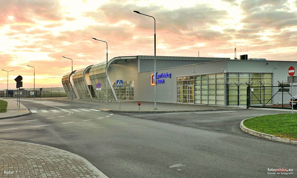 Lotnisko w Radomiu zastąpi Modlin?