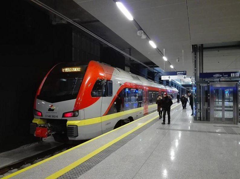 Dlaczego pociągów ŁKA do Piotrkowa i Tomaszowa będzie mało?