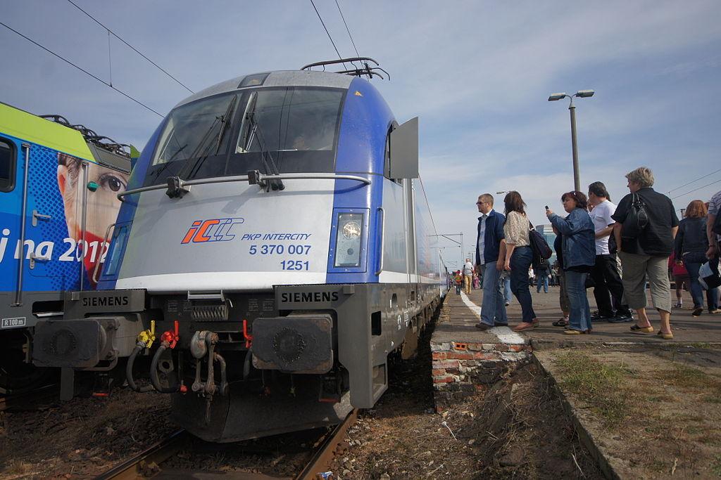 Intercity pyta pasażerów o oczekiwania wobec rozkładu