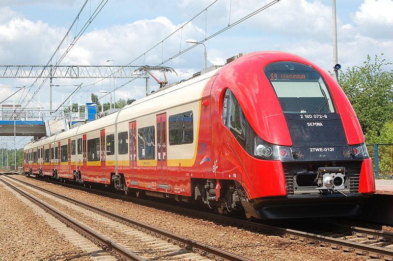 PESA wygrywa przetarg na dostawę nowych EZT dla SKM Warszawa