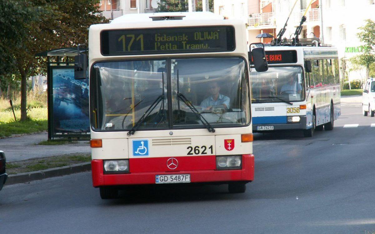 Biletomaty wreszcie pojawią się w gdańskich autobusach