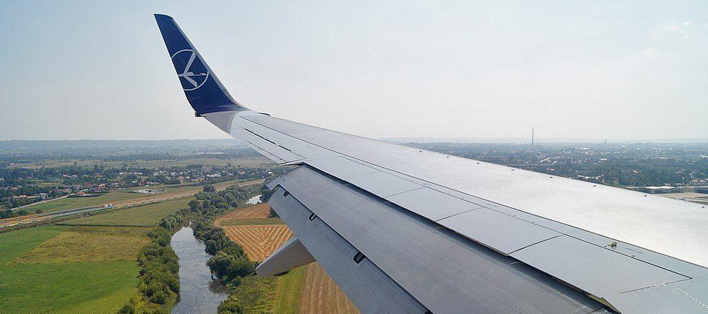 Strajk w PLL LOT sparaliżuje polskie lotniska. Co z pasażerami?