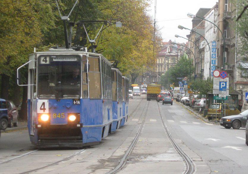 Krakowskie tramwaje rozkładowo zwolniły