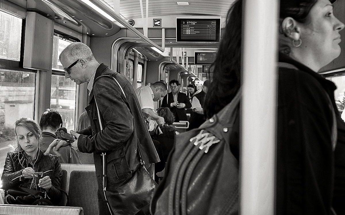 Spada liczba gapowiczów w transporcie miejskim