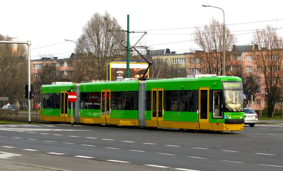 Poznański dylemat: wycofać tramwaj czy zakłócać ciszę nocną?
