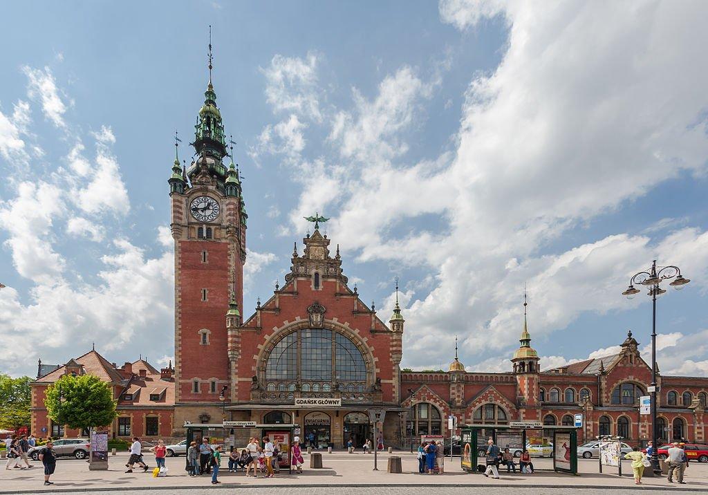 Gdańsk Główny – wizytówka grodu Neptuna dawniej i dziś