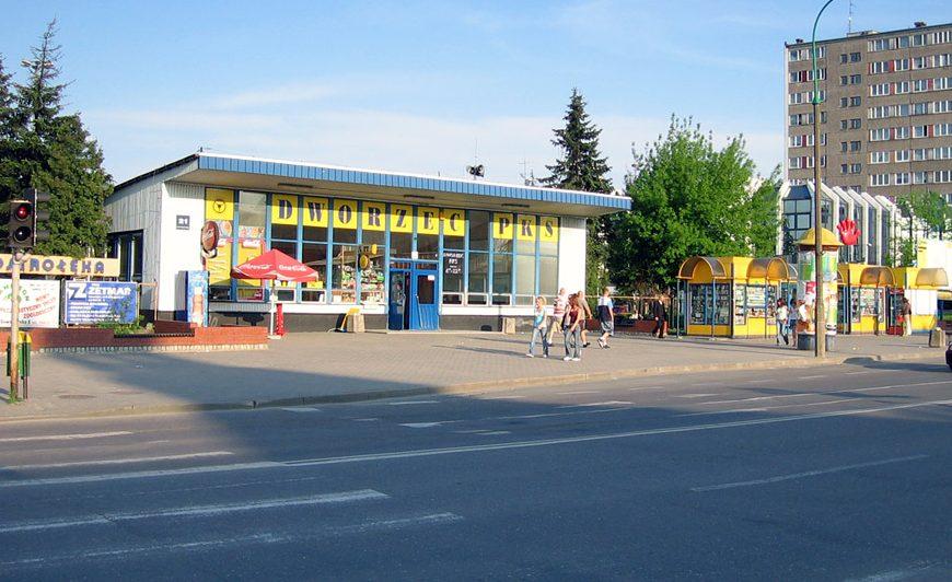 Ostrołęka: Kościół chce zaporowej kwoty za korzystanie z dworca PKS