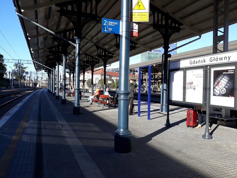 Remont peronów w Gdańsku Głównym na półmetku