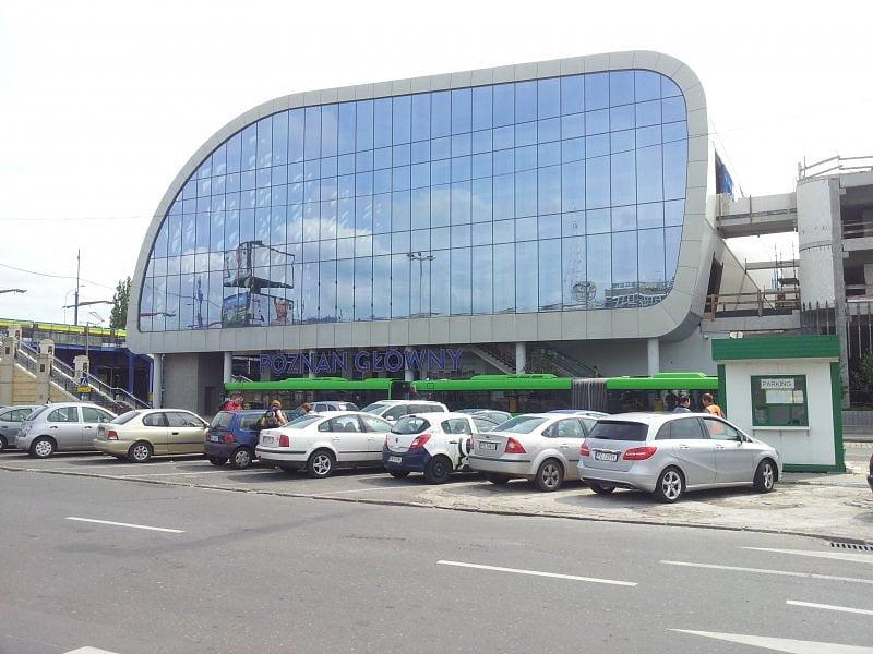 Nowy peron w Poznaniu – większy chaos w oznaczeniach