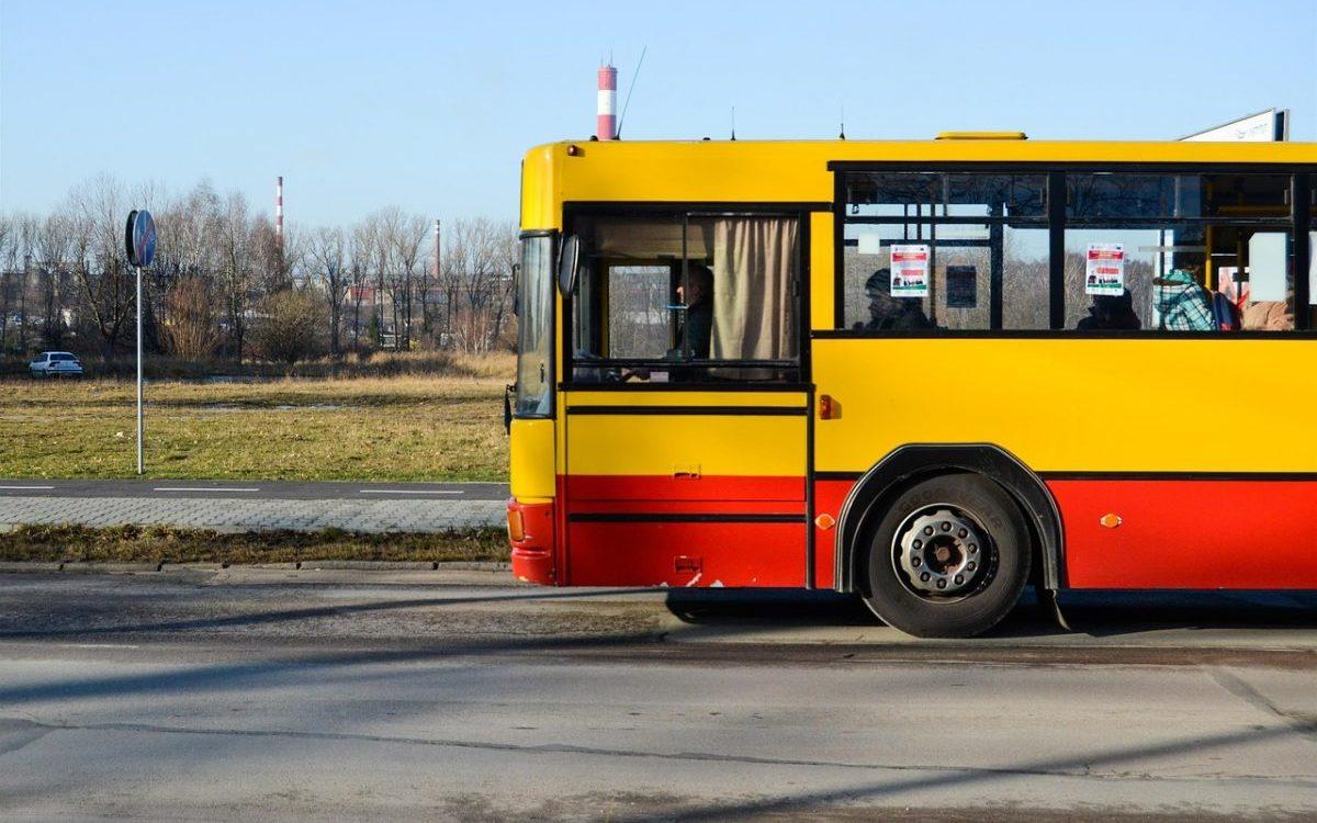 Czy transport zbiorowy nadąża za rozwojem przedmieść?