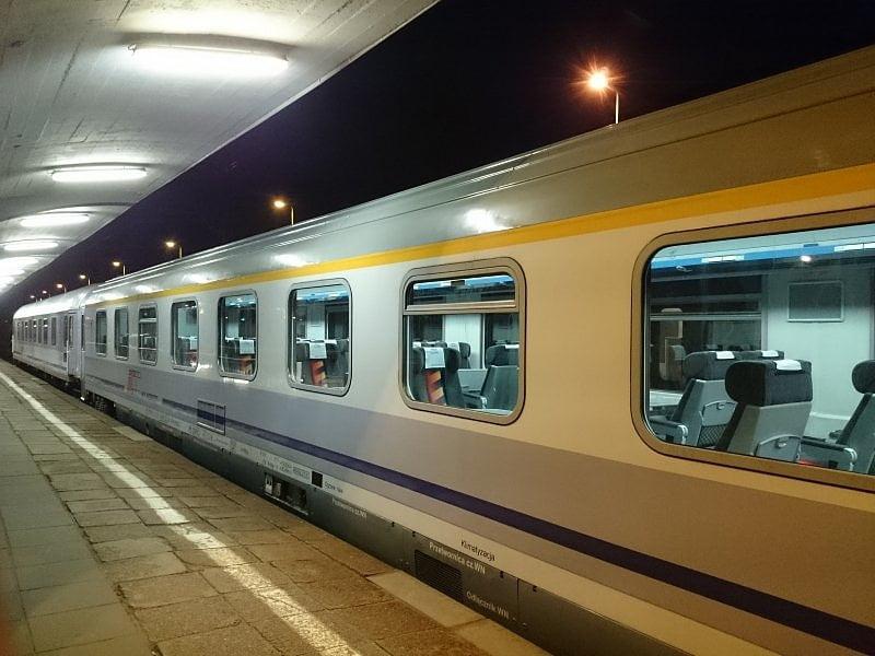 Wagony 152A i 154A – pierwsze polskie wagony na 200 km/h