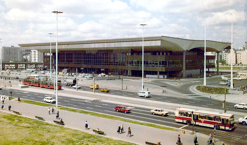 Warszawa Centralna będzie wyglądać jak 45 lat temu!