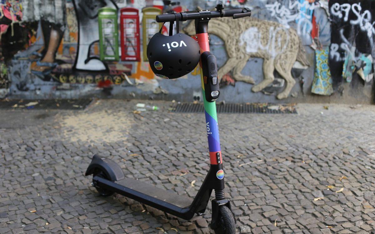 Hulajnogi jak rowery – Polregio każe płacić za ich przewóz
