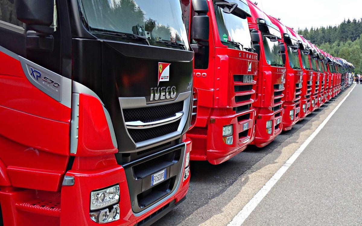 Transport kombinowany – na czym polega i jakie są jego zalety?